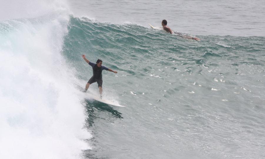 Craig-McCathie-surfing